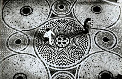 13._gianni_berengo_gardin_Mosaic_Floor_of_Saint_Mark_s_Cathedrale_in_Venice_1965