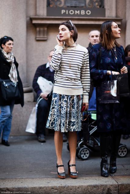 15.  full skirt street style