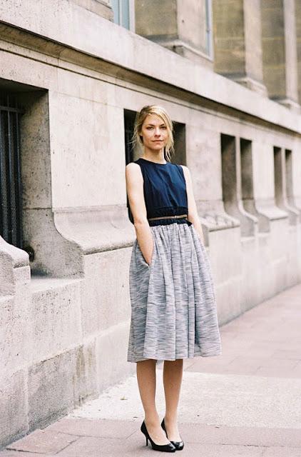 16.  full skirt street style