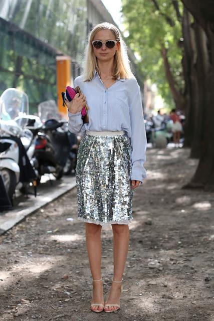 17.  full skirt street style
