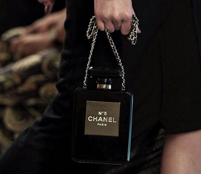 black-chanel-perfume-clutch
