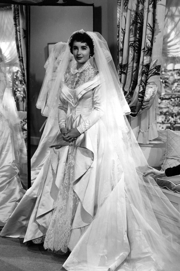 [Famous and Iconic Weddings and Dresses]