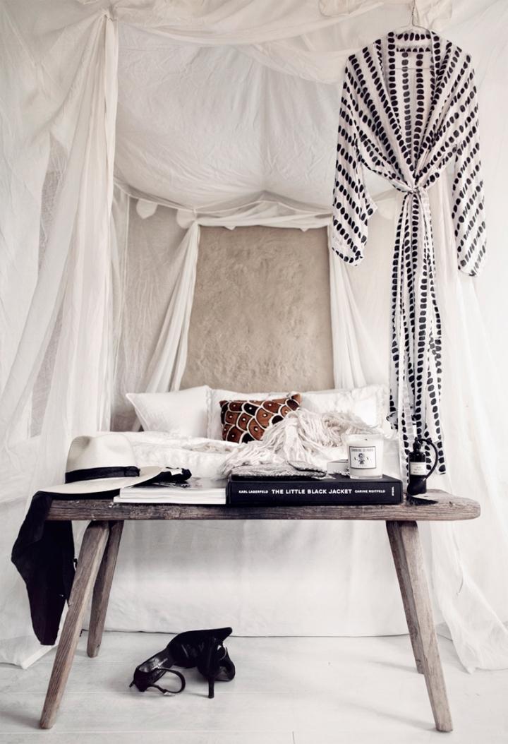 dreamy-bedroom-via-honeypieliving