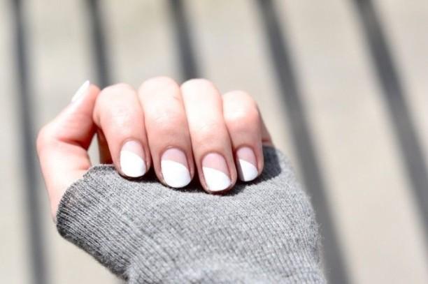 half-white-manicure-612x407