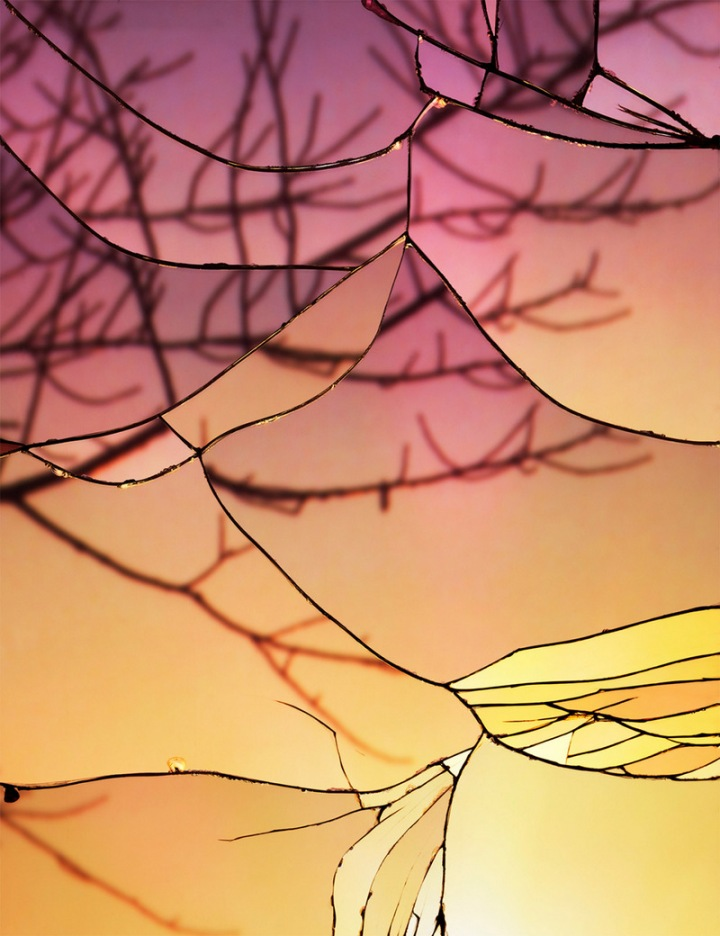 Photographs-of-Sunsets-as-Reflected-through-Shattered-Mirrors-by-Bing-Wright-5