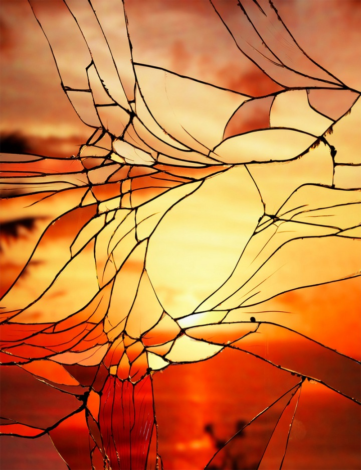 Photographs-of-Sunsets-as-Reflected-through-Shattered-Mirrors-by-Bing-Wright-7