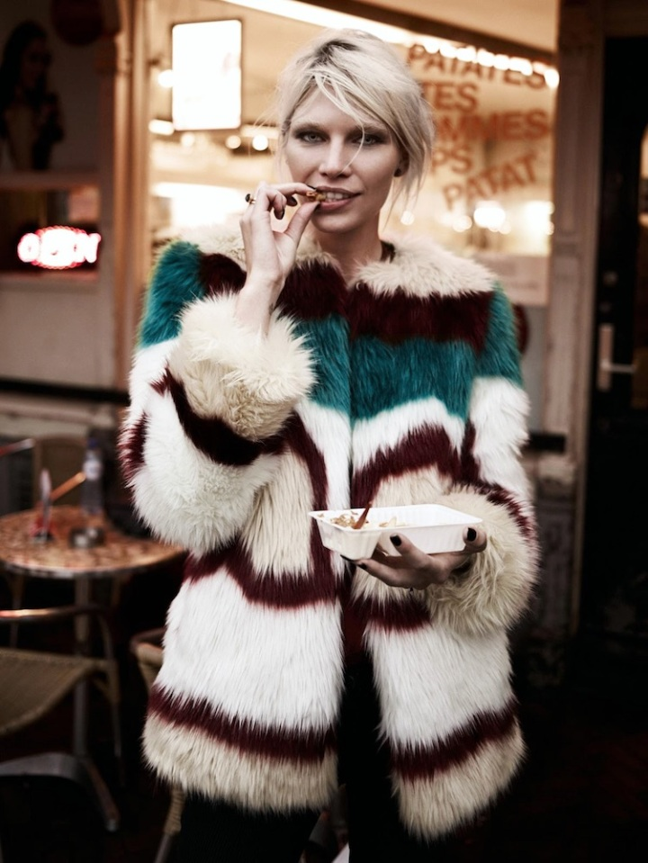 Le-Fashion-Blog-Currently-Craving-Colorful-Fur-Fries-Aline-Weber-Maison-Scotch-Lookbook