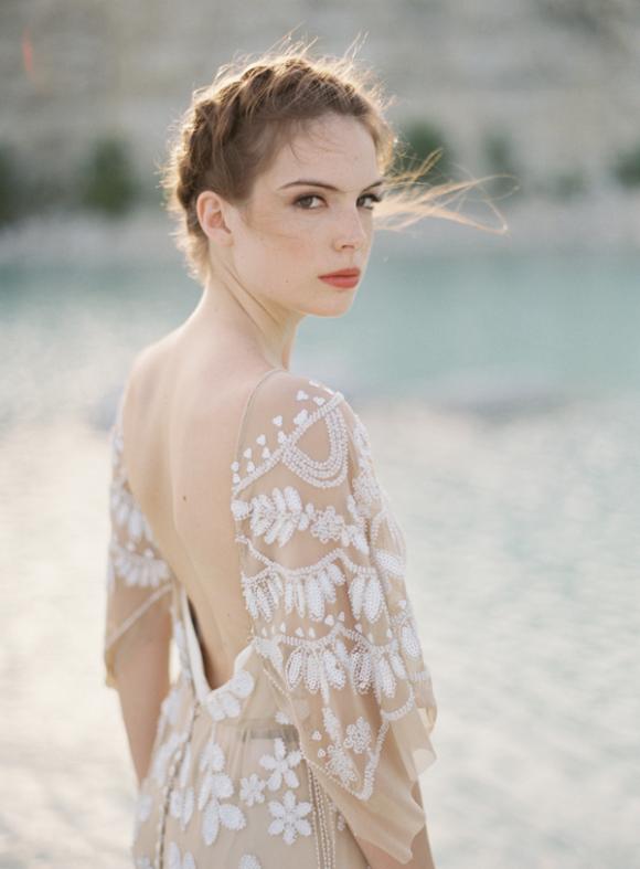rue-de-seine-nude-wedding-dress-white-details-580x787
