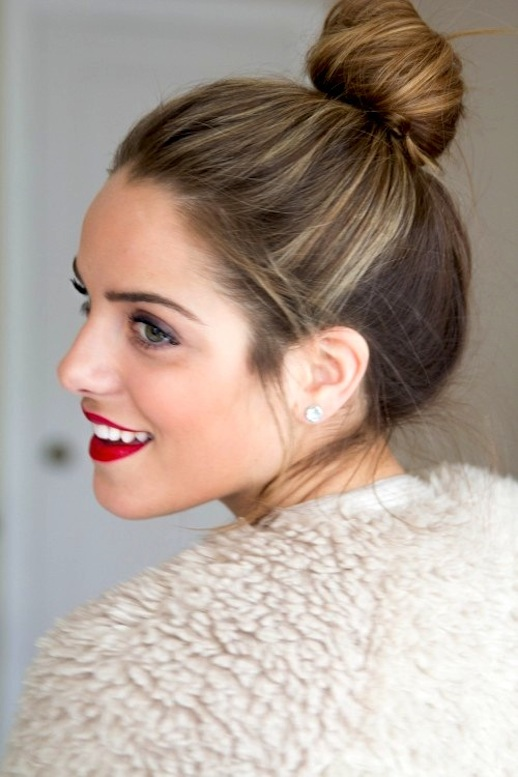 1-Le-Fashion-Blog-15-Crazy-Cool-Top-Knots-Bun-Up-Do-Hair-Hairstyle-Inspiration-Red-Lips-Blogger-Gal-Meets-Glam