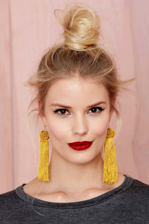 14-Le-Fashion-Blog-15-Crazy-Cool-Top-Knots-Bun-Up-Do-Blonde-Hair-Hairstyle-Inspiration-Drop-Earrings-Nasty-Gal