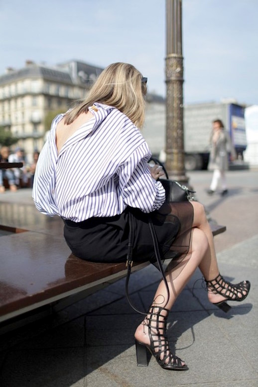 Le-Fashion-Blog-25-Ways-To-Wear-A-Striped-Button-Down-Shirt-Open-Back-Paris-Fashion-Week-Via-Wwd