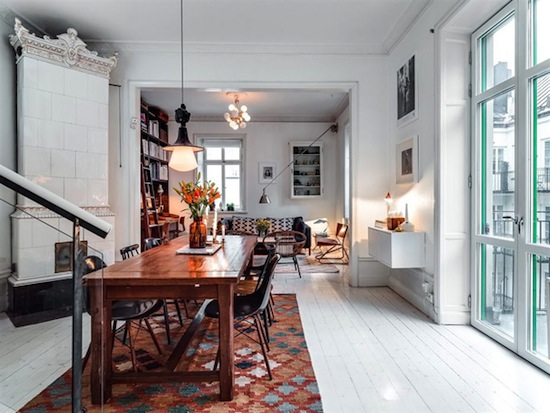 Etc-Inspiration-Blog-Inside-An-Irresistibly-Charming-Scandinavian-Home-Via-Home-Design-Lover-Dining-Room