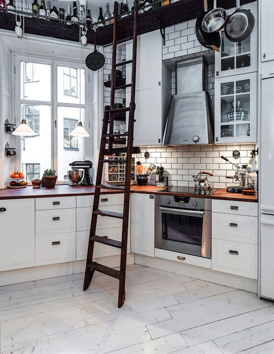 Etc-Inspiration-Blog-Inside-An-Irresistibly-Charming-Scandinavian-Home-Via-Home-Design-Lover-Oven